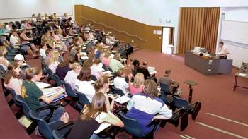 全20コマの語学プログラム(USQプログラム)